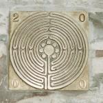 Fingerlabyrinth an der Pfarrkirche in Beyenburg