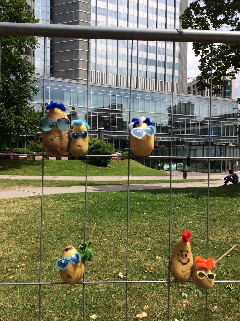 Wo bleibt der Aufstand, wo ist der Prüfstand: Protestfolklore vor der Europäischen Zentralbank