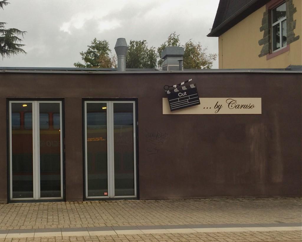 Der Schnitter von Hofheim am Taunus: Über sein Gewerbe, Film oder Singspiel, ist er noch im Unklaren. Nur die große Bühne soll es sein