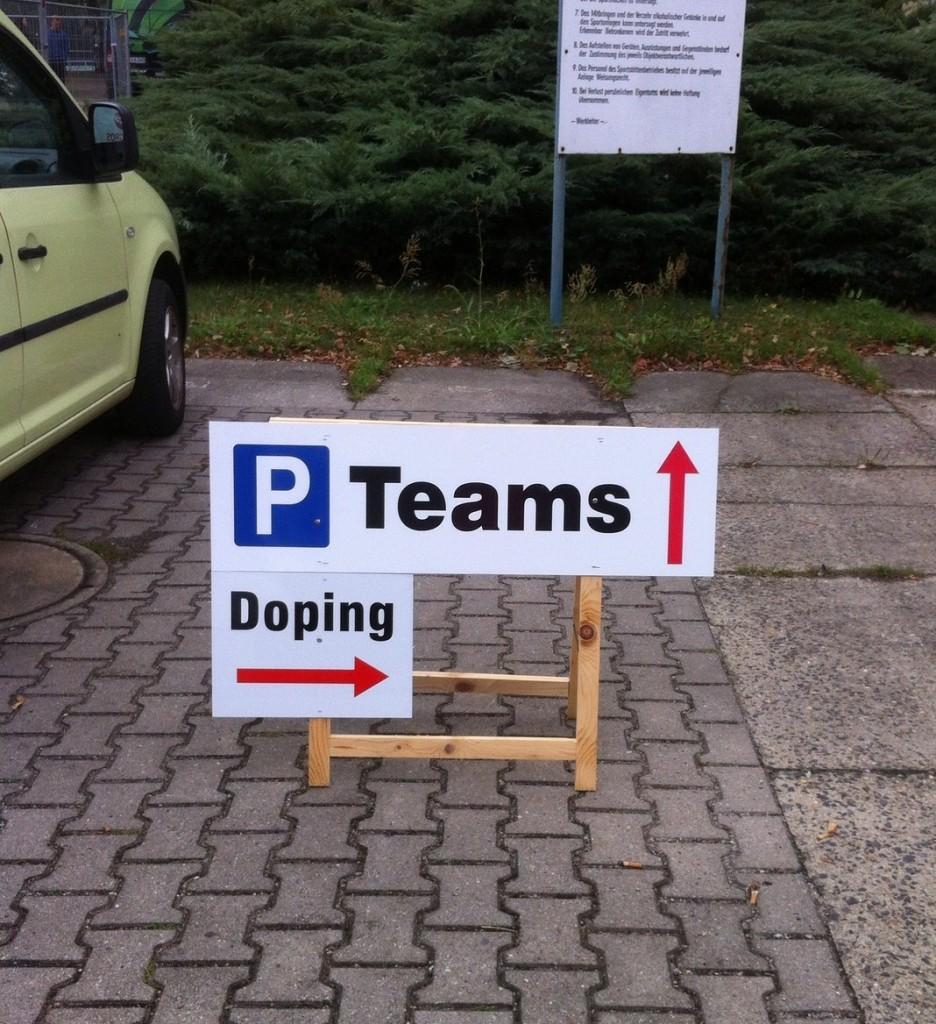 Erst die Spritze, dann die Spitze: Das Sportzentrum Cottbus gibt dem Athleten diskret Orientierung